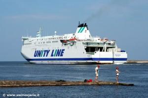 Port w Świnoujściu - prom do Szwecji